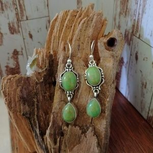 Jewelry - Green & Gold Stone Earrings